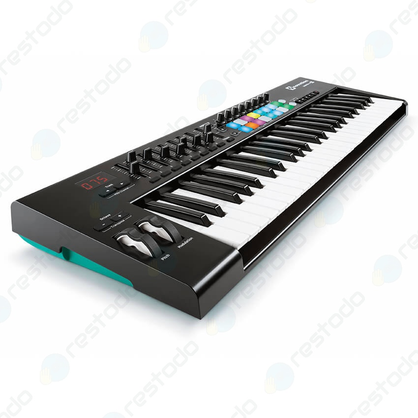 Teclado MIDI Novation Launchkey 49 MK2